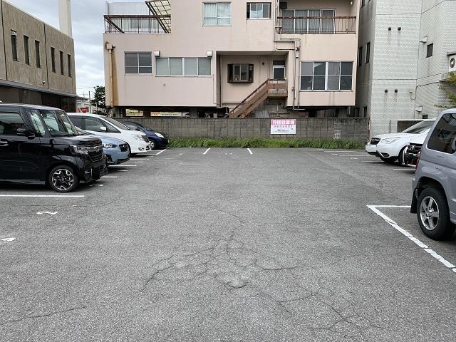 戎町 佐藤駐車場